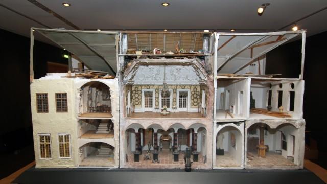 Schloss Zwergapfelkern im Buchheim-Museum