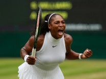 FILE - Serena Williams Reportedly Pregnant With First Child