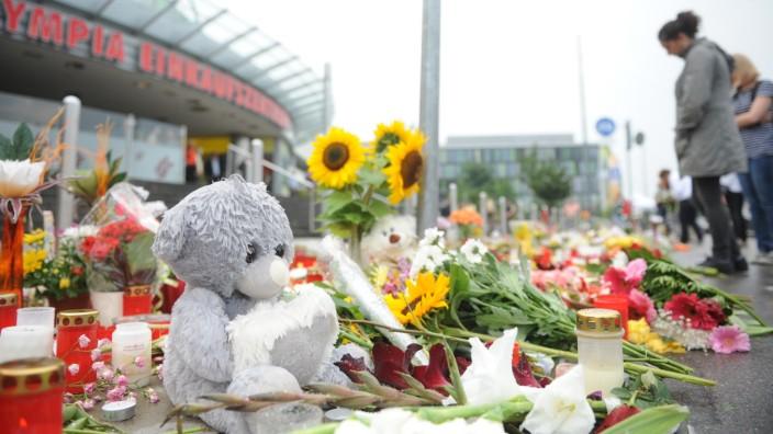 Trauer um die Opfer des Amoklaufs im OEZ in München, 2016