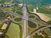 Autobahnkreuz, motorway junction