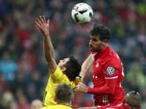 Bayern Munich's Javi Martinez in action
