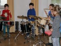 Trommelkinder der Musikschule Markt Schwaben