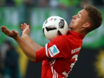 Bayern Munich's Joshua Kimmich in action