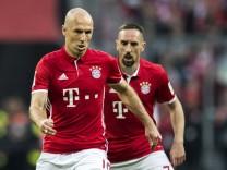 Bayern Muenchen v Borussia Dortmund - Bundesliga; Robben