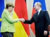 Kanzlerin Merkel in Russland