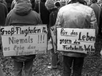 München 1980 Demonstration gegen den Flughafenbau in Franzheim Erdinger Moos