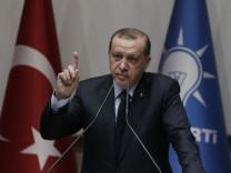 Präsident Erdogan wieder AKP-Mitglied
