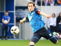 Sebastian Rudy TSG 1899 Hoffenheim gegen Timothy Chandler Eintracht Frankfurt 30 04 2017 TSG