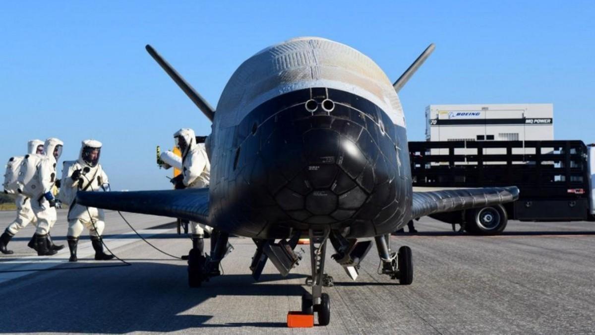 Geheimes Raumschiff kehrt zur Erde zurück