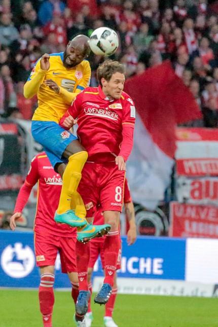 Aus 2 BL Saison 2016 17 Eintracht Braunschweig gegen Union Berlin 3 1 am 08 05 2017 im Eintracht St