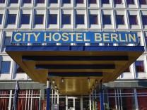 Berlin GER Deutschland 07 01 2014 City Hostel Berlin Botschaft der Demokratischen Volksrepublik Kore