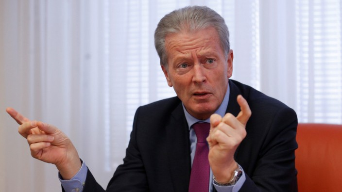 Austria's Economy Minister and Vice Chancellor Mitterlehner addresses a news conference in Vienna