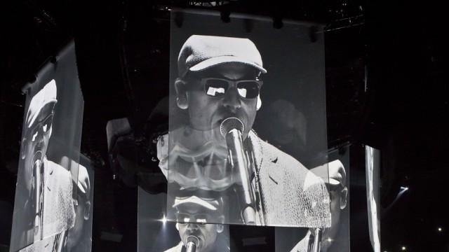 Xavier Naidoo Performs In Berlin