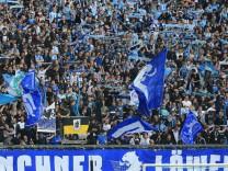 20170514 2 BL TSV 1860 vs VfL Bochum Allianz Arena Muenchen Fussball im Bild TSV 1860 Fans