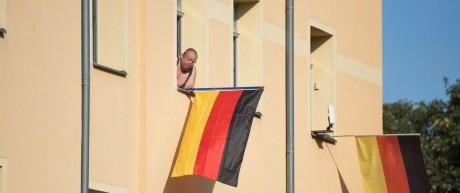 Freital Rechtsradikale gegen Antirassismus Demonstration