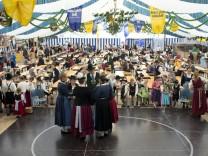 Mammendorf: VOLKSFEST / VOLKSFESTZELT - Huosigau-Treffen / Plattln