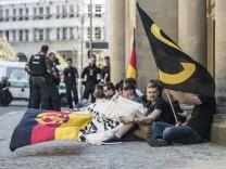 Identitäre Bewegung protestiert vor Justizministerium