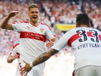 VfB Stuttgart's Simon Terodde celebrates scoring their second goal Daniel Ginczek
