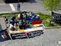 Hungerstreik Flüchtlinge vor LRA