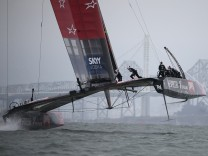 Louis Vuitton Cup - Emirates Team New Zealand v Luna Rossa Challenge
