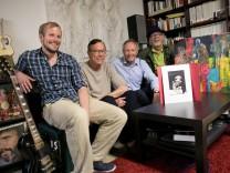 Mitglieder der neu gegründeten Künstlergruppe Fok' Ush, Unterschleißheim