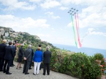 G7 leaders watch an Italian flying squadron as part of activities at the G7 summit in Taormina Sicily