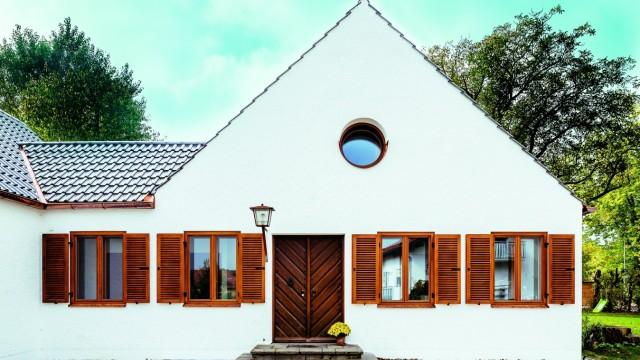 Das Haus Von Josef Martin Bauer, Das Sep Ruf Entworfen Hat, Hat Die Familie  Ickler Saniert Und Dafür Schon Mehrere Preise Erhalten.