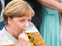 Merkel And Seehofer Meet At Munich Fest