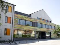Bruck: Grundschule am Niederbronner-Weg NEU / ehemaligs GRG Graf-Rasso-Gymnasium