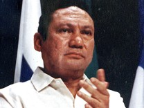 FILE PHOTO: File photo og Panamanian strongman Manuel Antonio Noriega taking part in a news conference in Panama City