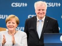 Merkel And Seehofer Meet At Munich Fest