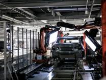 Inbetriebnahme der neuen Lackiererei im BMW Group Werk München