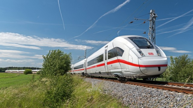 Der ICE 4 - das neue Rückgrat des Fernverkehrs der Deutschen Bahn (DB) / The ICE 4 - the new backbone of Deutsche BahnâÄÖs long-distance network