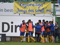 05 06 2017 Fussball Saison 2016 2017 Relegation Regionalliga Rückspiel SpVgg Greuther Für