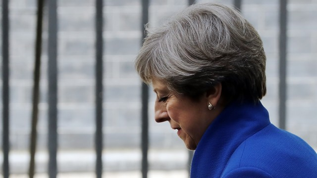 Theresa May Seeks Queen's Permission To Form A UK Government