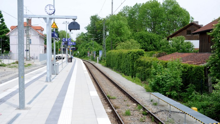 Zwischen Grafing Bahnhof Und Ebersberg Fährt Keine Bahn