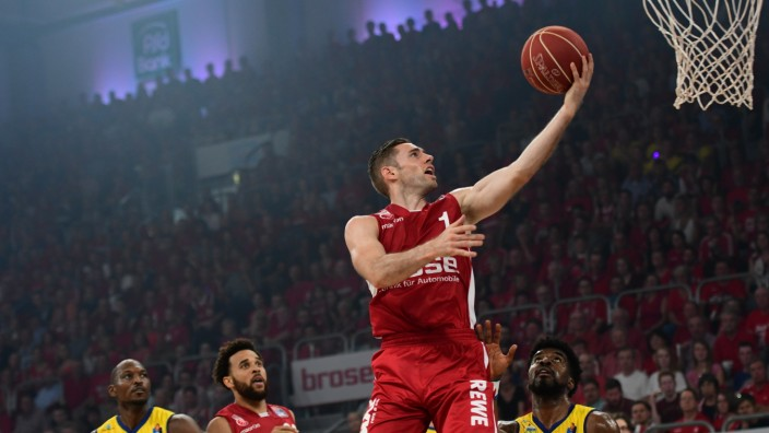 Brose Baskets v EWE Baskets Oldenburg - BBL Finals Game 3