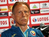 Romanian national soccer team conference