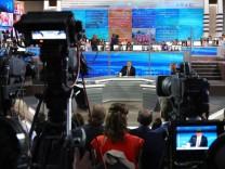 """TV-Show ´Der direkte Draht"""" mit Putin"""