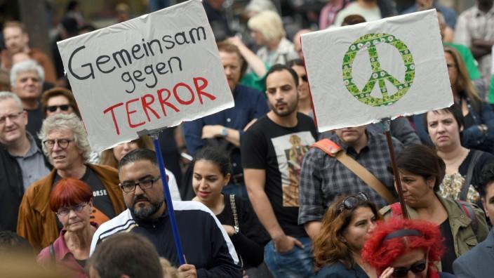 Friedensmarsch von Muslimen gegen islamistischen Terror
