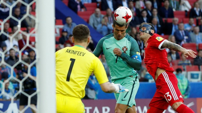 Russia v Portugal - FIFA Confederations Cup Russia 2017 - Group A