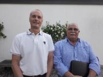 Peter Born und   Iradj Teymurian, von Asylhelferkreis in Berg
