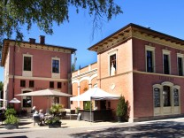 Neues Rathaus im alten Bahnhof; Rathaus Feldafing