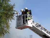 Brand Feuer Lagerhalle Markt Indersdorf Gewerbegebiet Feuerwehr