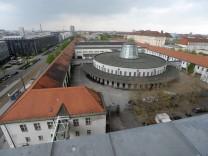 Ehemaliges Paketzustellamt in München, 2011