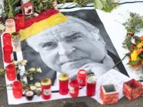 Nach dem Tod von Helmut Kohl - Oggersheim