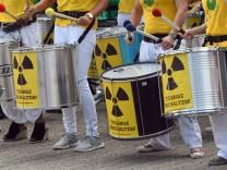 Protestaktion 'Kettenreaktion' gegen belgische Atommeiler