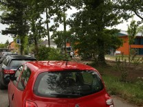 Bruck: STADELBERGSTRASSE / Parkplatz-Situation vor Psychiatrie