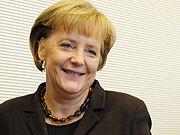 Angela Merkel Koalitionsverhandlungen Pfelegeversicherung Arbeitnehmer Pauschalbeitrag, ddp