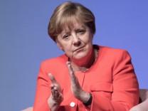 'Brigitte Live' mit Bundeskanzlerin Angela Merkel (CDU)